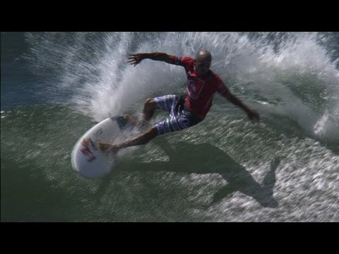 KELLY SLATER AND THE YOUNG RIPPERS Quiksilver Pro Gold Coast 2013