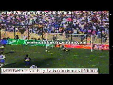 "CONSULTAS PARA ADQUIRIR VIDEOS A: archivodeportivo@yahoo.com.ar - ESTADIO LA BOMBONERA: BOCA JUNIORS VS VELEZ SARFIELD (3-3), CON GOLES DE ALEJANDRO GIUNTINI, SERGIO ""MANTECA"" MARTINEZ DE TIRO..."