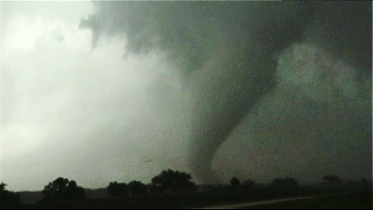 6 Reported Tornadoes Touch Down in Texas