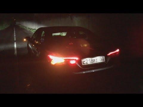 Ночной обзор Toyota Camry 2018 XV70