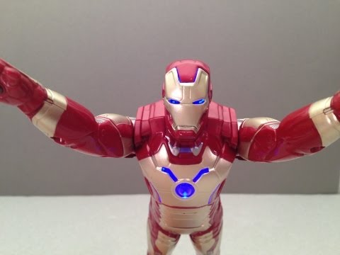 IRON MAN 3 MOVIE ARC STRIKE ACTION FIGURE TOY REVIEW