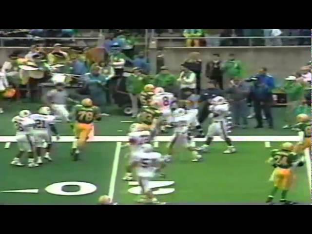 Oregon QB Kyle Crowston scrambles for a 15 yard gain vs. Stanford 11-02-91