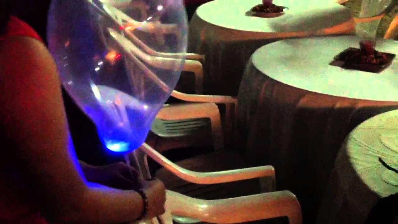 Globos con helio y anillos de luces de ne n youtube - Como conseguir globos de helio ...