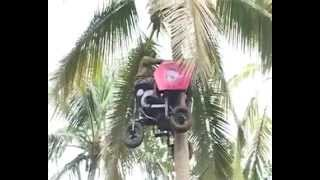 Mesin panjat pokok kelapa