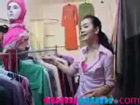 Nuri Maulida Buka Butik Baju Muslim Karena Terinspirasi Peran - CumiCumi.com
