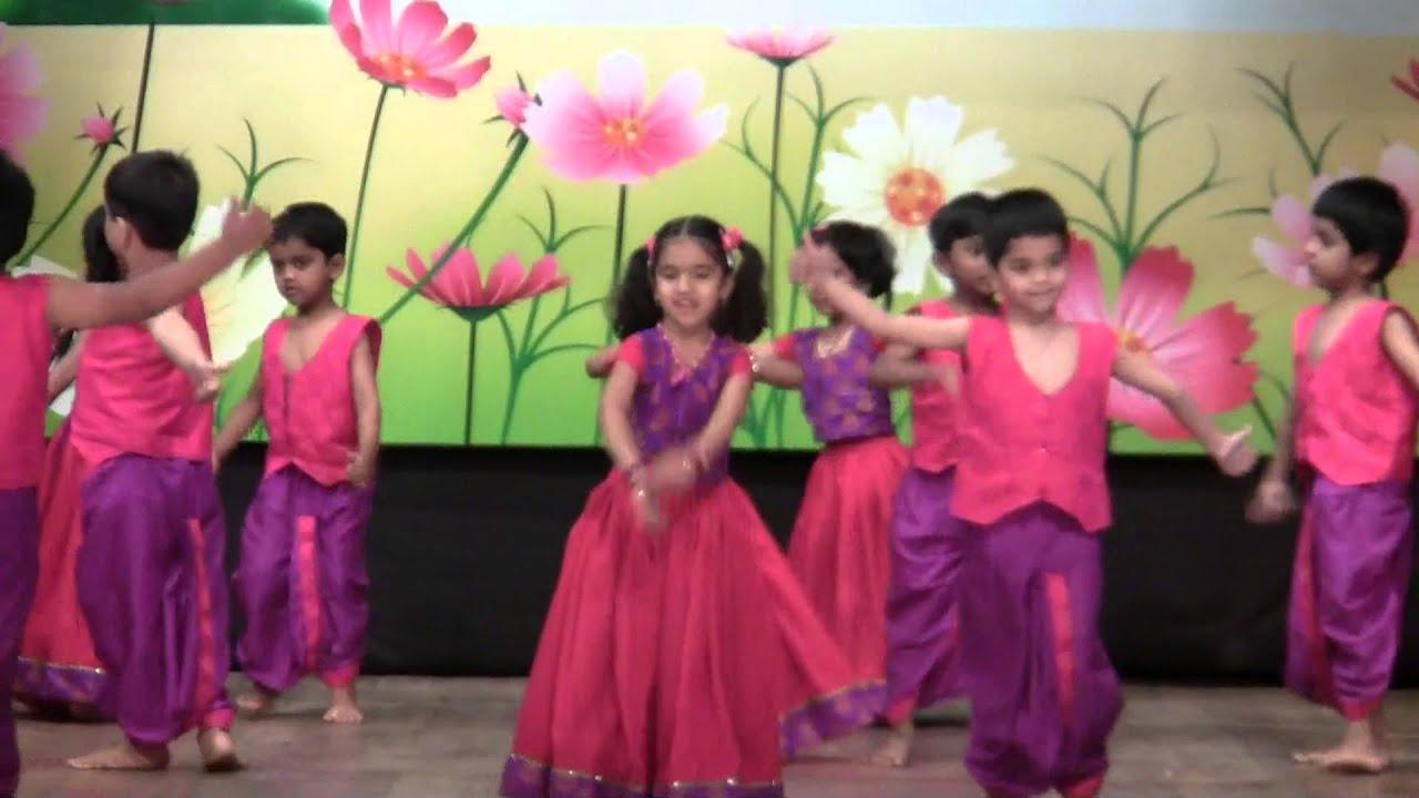 AbhiRam's Lagaan Dance - Euro Kids Annual Day 2013 - YouTube
