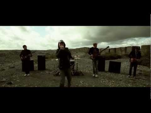 Funeral For A Friend - Best Friends and Hospital Beds (Official Music Video)