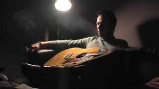 Watch Scott Weiland Crash video