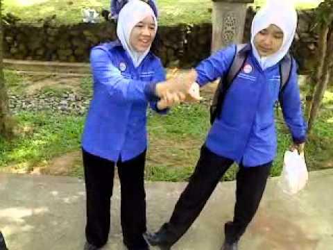 download lagu SARDIN ROLL By Kedah Housemate gratis