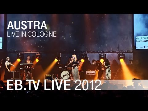 Austra live in Cologne