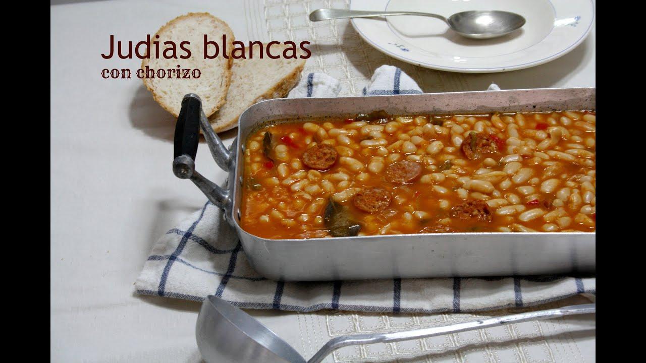 Judias blancas con chorizo recetas de cocina f ciles for Como cocinar alubias de bote