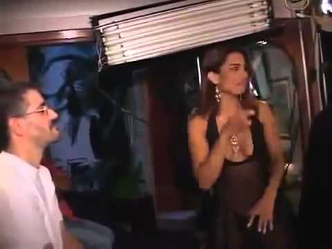 Márcia Imperador é atriz pornográfica e conta na primeira pessoa o que esta