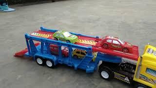 Siêu xe tải chuyên chở oto