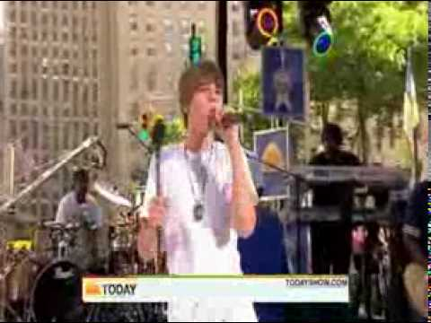 Justin Bieber - Never Say Never ( Live Today Show 06/04/2010 ) Video