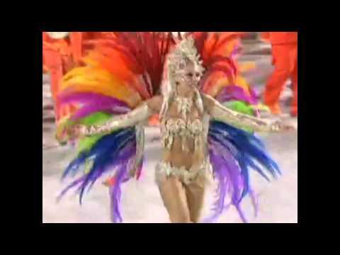 Garotas en el sambódromo carnaval de Rio de Janeiro 2012