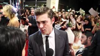 Zac Efron sets foot in Oz