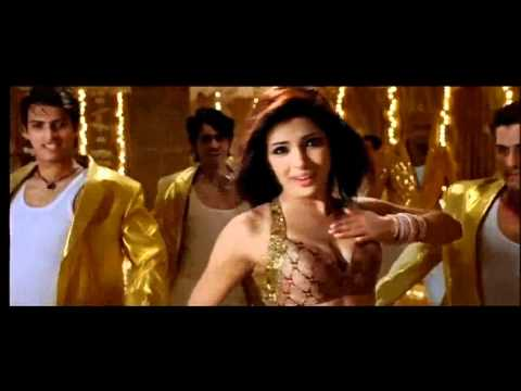 Priyanka Chopra Footage Only Maa Da Laadla video