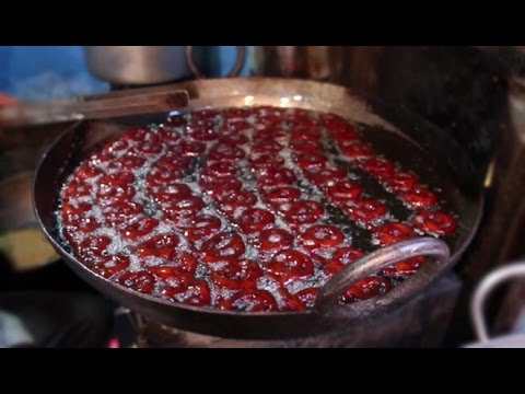 Indian Street Food - Street Food in Mumbai - MAWA JALEBI
