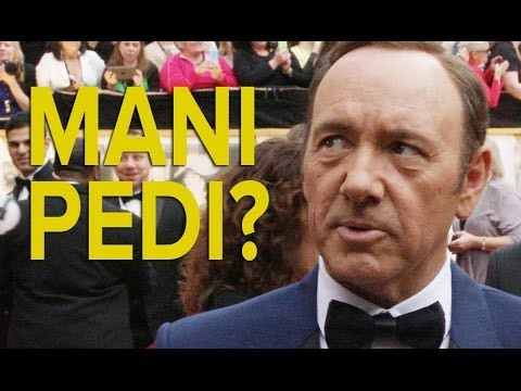 Kevin Spacey Answers Questions that Female Celebrities Get Asked