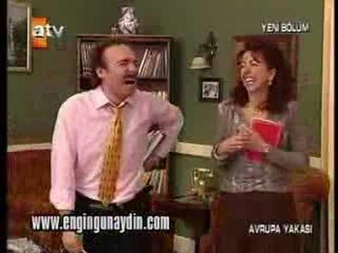 Burhan-Makbule-Gaffur_Ingilizce_Dersi_Aliyor-2 / Gülmekten öldürüyorlar adamı :)