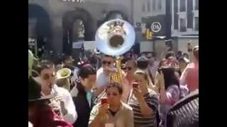 Mi Razón De Ser |  Mi Olvido | Banda MS | Cantando como indigentes.