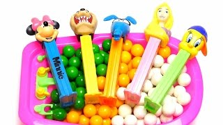 Learn English Colors & Counting Baby Doll Bath Time Playing with Pez Candy & Surprise Toys Learning