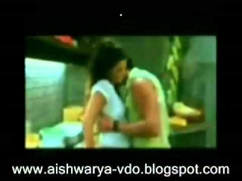 Aishwarya Rai Almost Nude & Hottest Scene.flv video
