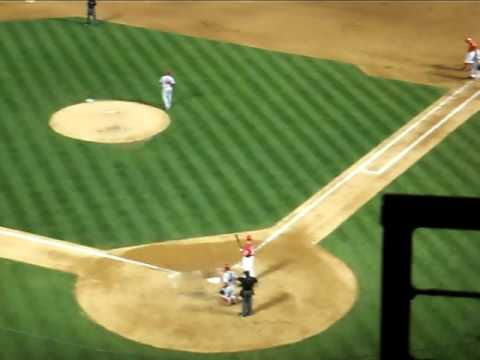 JOSH HAMILTON MASSIVE HOME RUN 460 FT 5/15/09 off Angels reliever Shane Loux Video