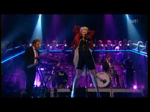 Robyn - Fembot (Live Skavlan 2010) Best version Video