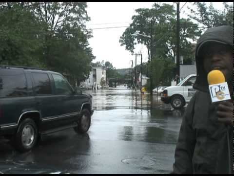 Hurricane Irene Report-Plainfield ,New Jersey-On Location Live with Lamar David Mackson .dv