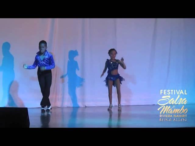 Israel & Kimberly - Sunday/Domingo | Riviera Nayarit Salsa & Mambo Festival 2013