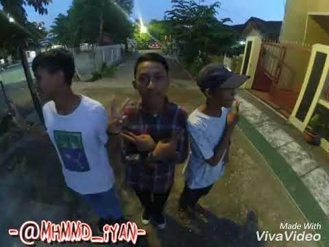 Reggae Abang abilang keren banget!! G O D PHP ft ULIMHO lirik