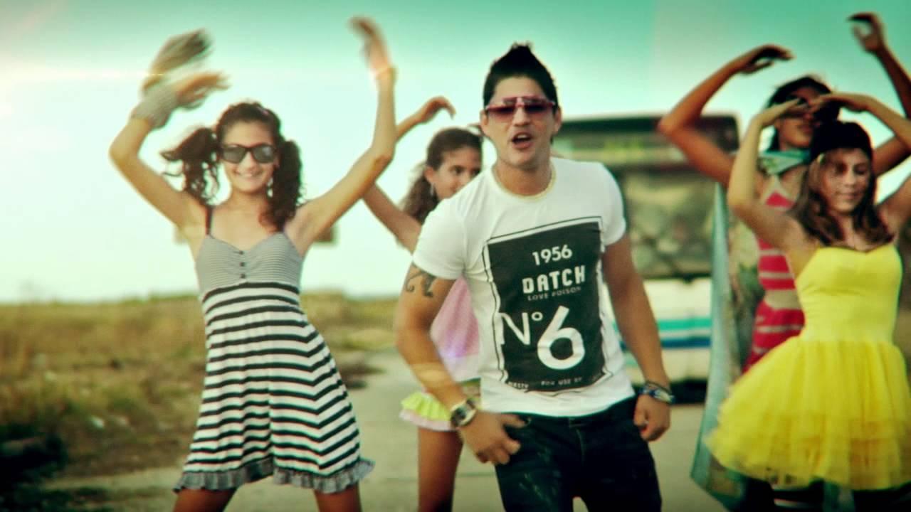 La mujer del pelotero - Baby Lores (Official Video 2011
