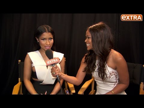 Nicki Minaj Addresses Engagement And Pregnancy Rumors Backstage At 2015 BET Awards! (Video)