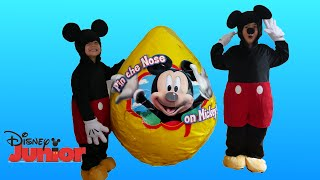 GIANT EGG SURPRISE OPENING Mickey Mouse Clubhouse Minnie Toys Disney Junior Videos Super Giant Egg