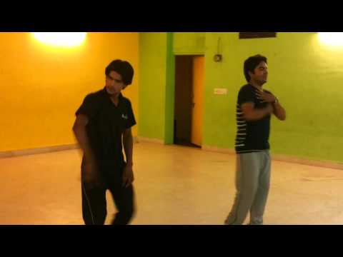 dance practice by a doctor --sajde kiye hai lakho --must watch...
