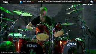 Metallica - Lars Ulrich Fails in Am I Evil [Rock In Rio 2011]