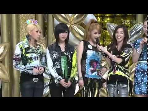 2NE1 인터뷰 인기가요