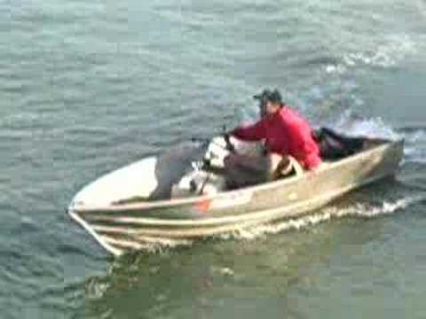Crazy capizzi on his home made jet boat jet jon youtube for Jon boat with jet motor