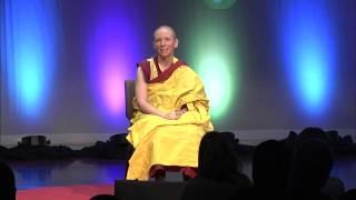 Geluk is een geestesgesteldheid | Gen Kelsang Nyema | TEDxGreenville