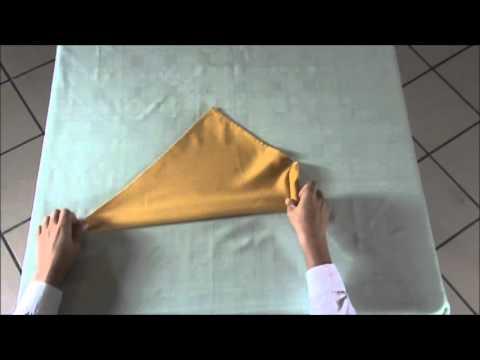 Hur man viker ett ljus av en servett