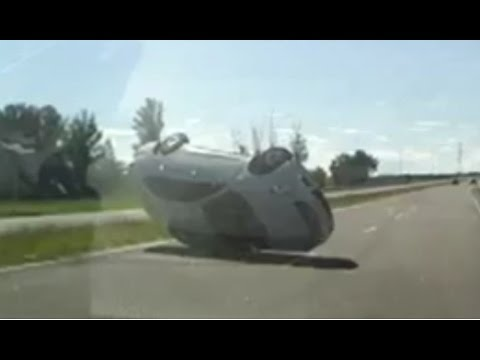 Horrible Car Crash Compilation October 2014 part 1
