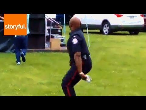 Toronto cop dances to the reggae groove