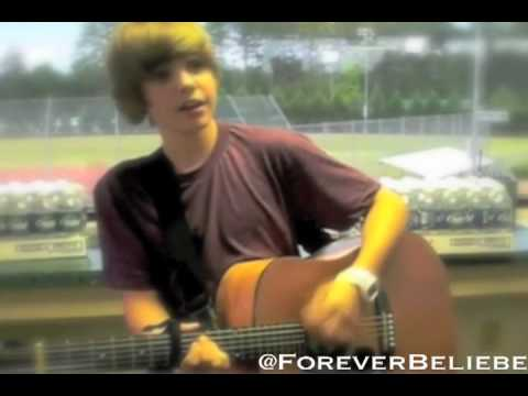 Justin Bieber- Stuck in the Moment ♥