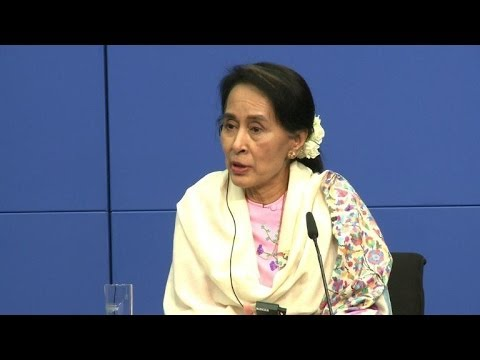 Suu Kyi se sent comprise par la chancelière Merkel