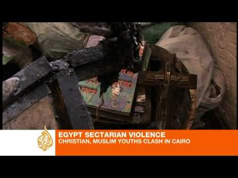 Deadly sectarian clashes erupt in Cairo
