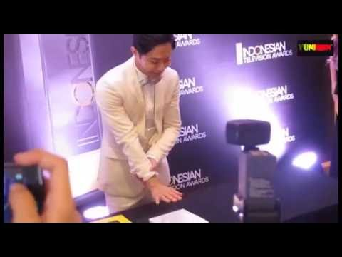 download lagu WORLD CELEBRITY NEW WITH JIN GOO AT INDO gratis