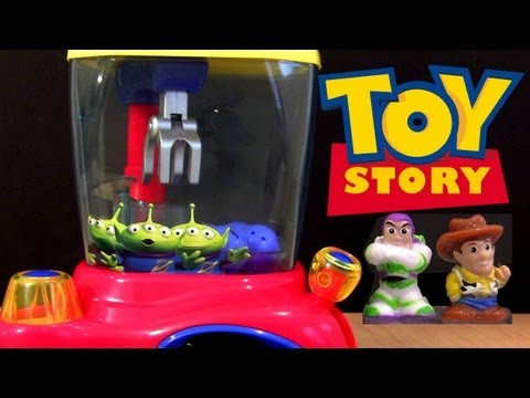 Toy Story Crane Dispenser Squinkies from Blip Toys Disney Pixar Toy Review Woody & Buzz