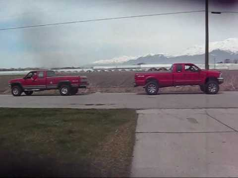 1993 Chevy 6.5 vs 1999 Ford 7.3 Tug of War