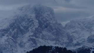 Le Djurdjura et le barrage de Taksebt liés par la neige et les intempéries